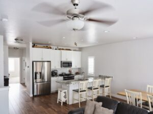 ceiling-fan-over-kitchen